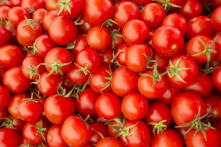 Derrière les tomates bio…
